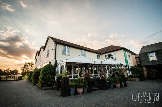 Hunters_Meet_Essex_Rayleigh_Wedding_Photographer_Clare_Kentish_Limelight_Imaging36
