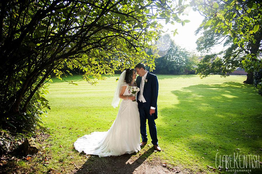 Rayleigh_Essex_Wedding_Photographer_Clare_Kentish_Leez_Priory_67