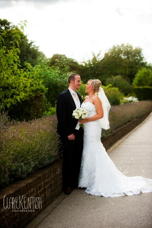 Rayleigh_Essex_Wedding_Photographer_Clare_Kentish_Marriott21