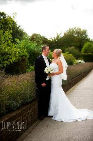 Rayleigh_Essex_Wedding_Photographer_Clare_Kentish_Marriott21