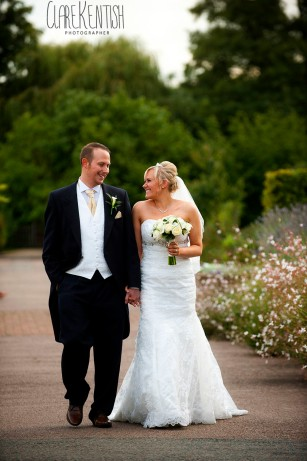 Rayleigh_Essex_Wedding_Photographer_Clare_Kentish_Marriott24
