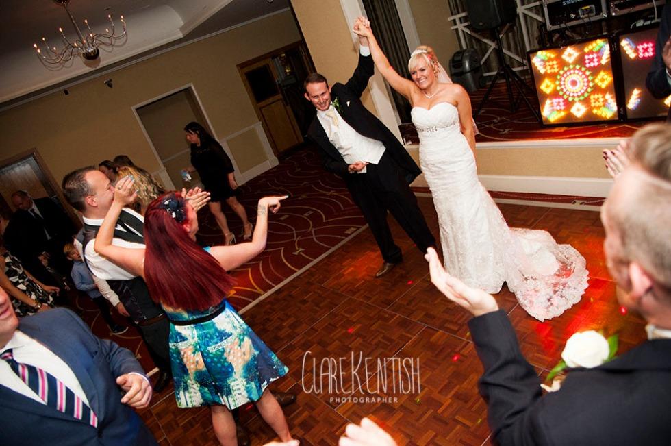 Rayleigh_Essex_Wedding_Photographer_Clare_Kentish_Marriott30