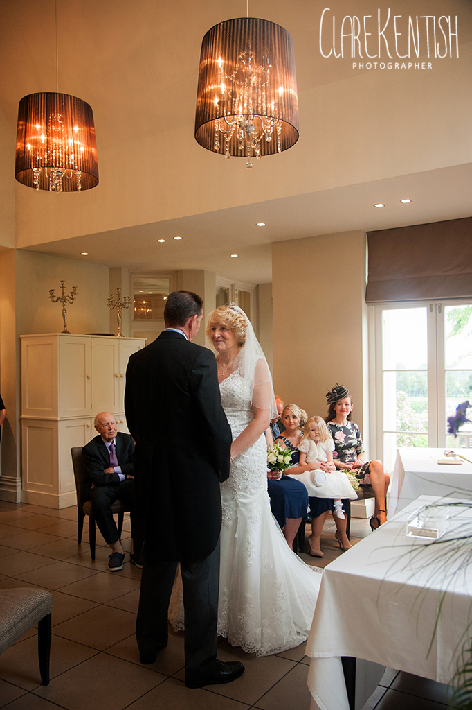 Rayleigh_Essex_Wedding_Photographer_Maison_Le_Talbooth_Dedham08