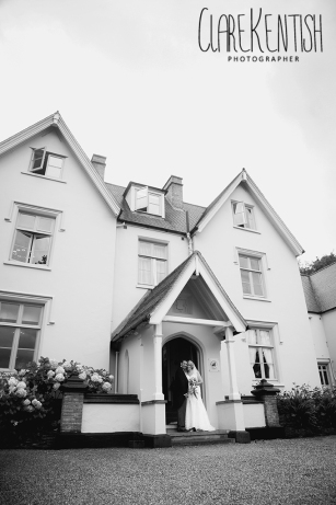 Rayleigh_Essex_Wedding_Photographer_Maison_Le_Talbooth_Dedham12