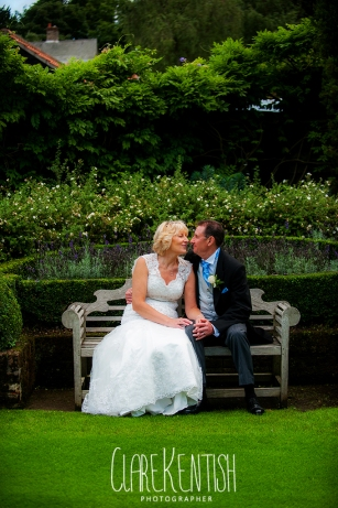 Rayleigh_Essex_Wedding_Photographer_Maison_Le_Talbooth_Dedham35