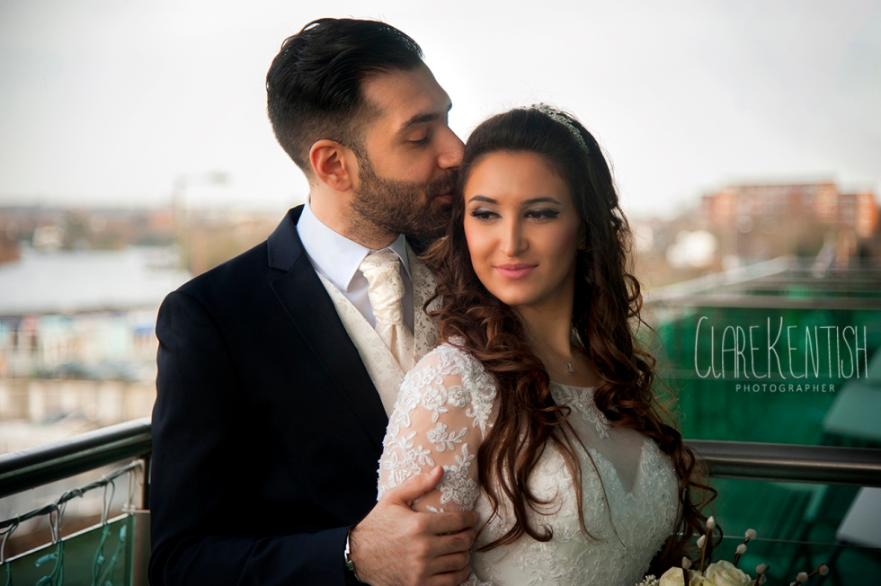 Clare_Kentish_Photographer_Rayleigh_Essex_Wedding_Photography_Kingston_13