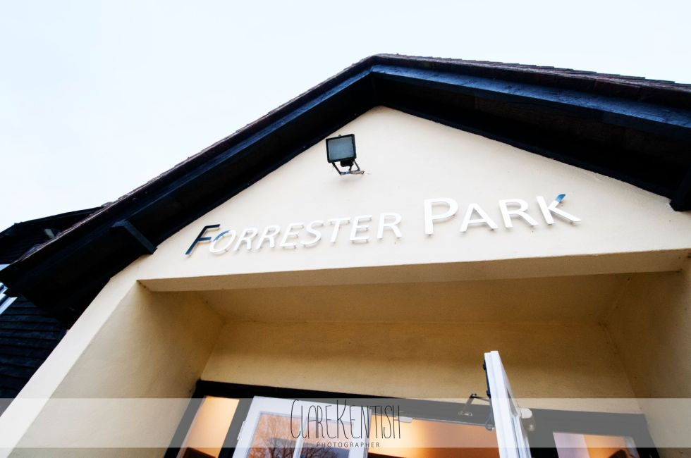 essex_wedding_photographer_rayleigh_photography_clare_kentish_forrester_park_chelmsford_267