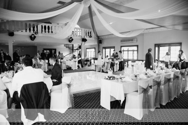 essex_wedding_photographer_rayleigh_photography_woolston_manor_chigwell_498