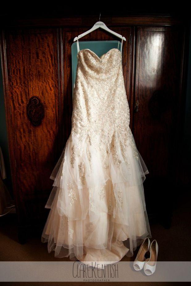 essex_wedding_photographer_rayleigh_ye_olde_plough_house_da-349
