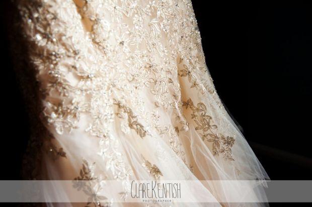 essex_wedding_photographer_rayleigh_ye_olde_plough_house_da-350