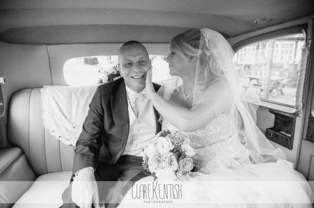 essex_wedding_photographer_rayleigh_ye_olde_plough_house_da-355