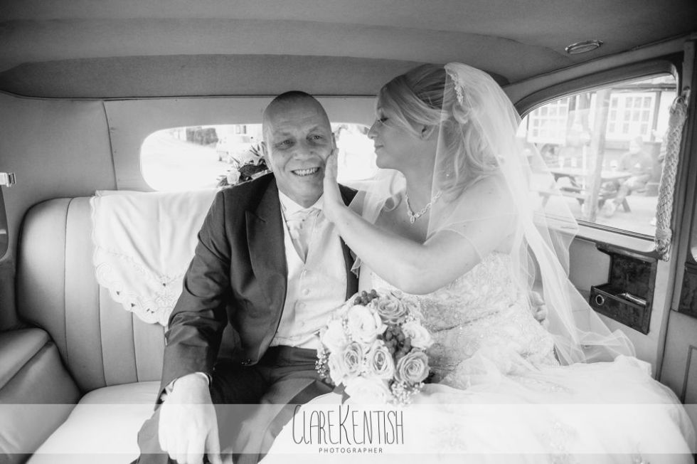 essex_wedding_photographer_rayleigh_ye_olde_plough_house_da-355