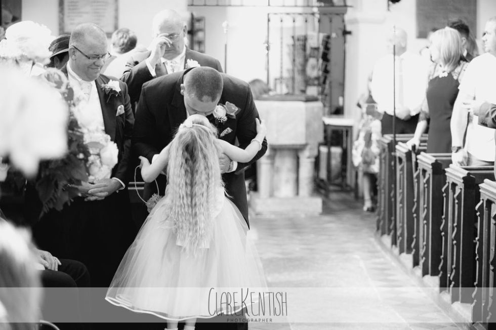 essex_wedding_photographer_rayleigh_ye_olde_plough_house_da-357