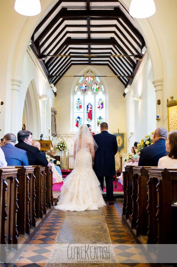 essex_wedding_photographer_rayleigh_ye_olde_plough_house_da-358