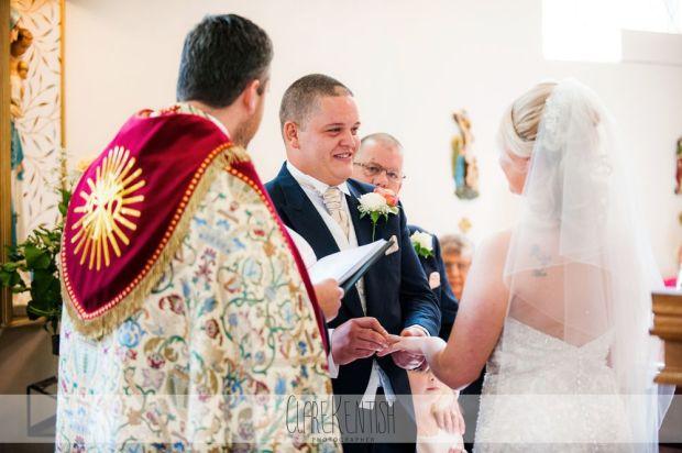 essex_wedding_photographer_rayleigh_ye_olde_plough_house_da-361