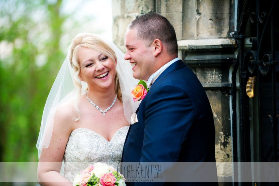 essex_wedding_photographer_rayleigh_ye_olde_plough_house_da-363