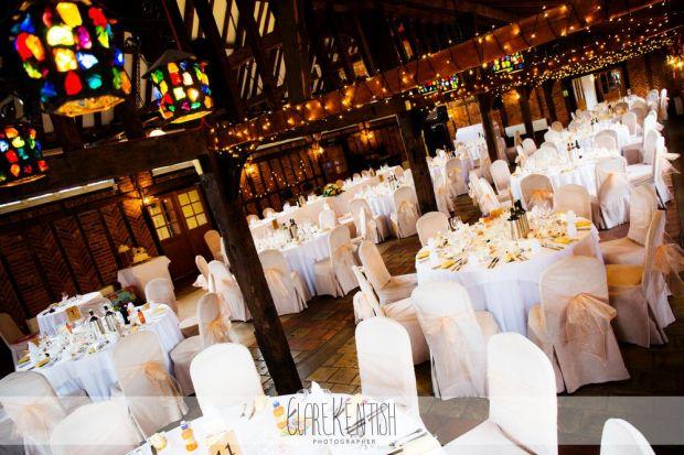 essex_wedding_photographer_rayleigh_ye_olde_plough_house_da-369