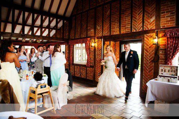 essex_wedding_photographer_rayleigh_ye_olde_plough_house_da-370