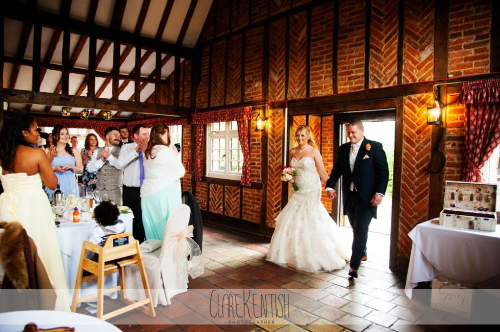 essex_wedding_photographer_rayleigh_ye_olde_plough_house_da-370