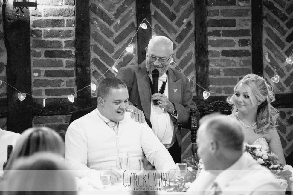 essex_wedding_photographer_rayleigh_ye_olde_plough_house_da-372