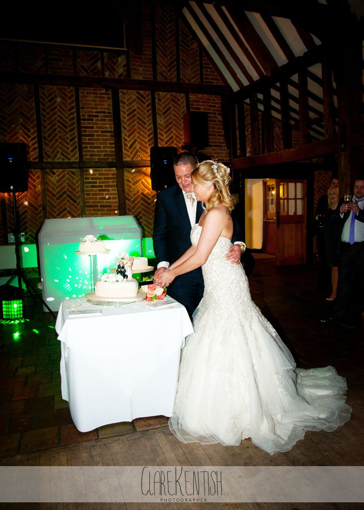 essex_wedding_photographer_rayleigh_ye_olde_plough_house_da-375