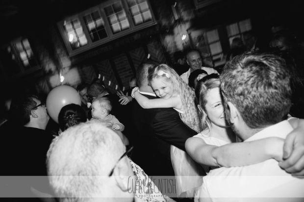 essex_wedding_photographer_rayleigh_ye_olde_plough_house_da-377