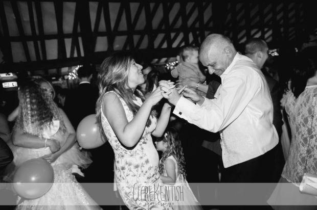 essex_wedding_photographer_rayleigh_ye_olde_plough_house_da-378