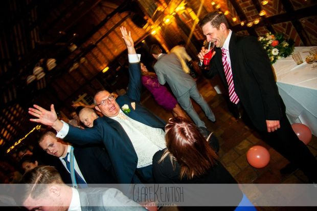 essex_wedding_photographer_rayleigh_ye_olde_plough_house_da-379